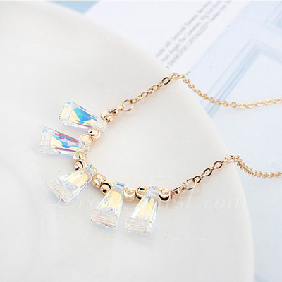 Beautiful Gold Plated Crystal Ladies' Fashion Necklace (137055343)