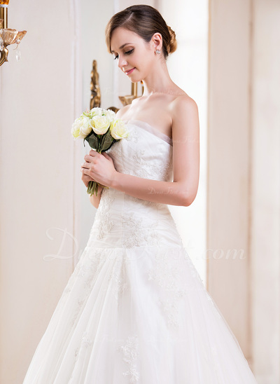 Ball-Gown Strapless Cathedral Train Tulle Wedding Dress With Ruffle Lace Beading Sequins (002055083)