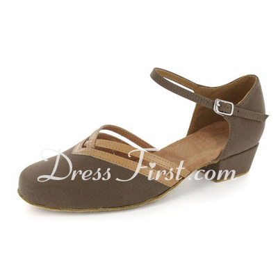 Women's Nubuck Flats Modern With Ankle Strap Dance Shoes (053021443)