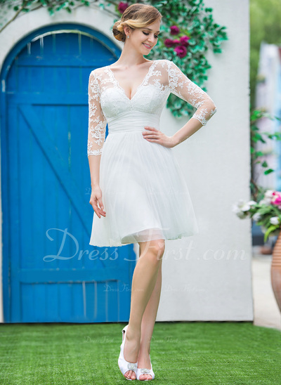 A-Line/Princess V-neck Knee-Length Tulle Lace Wedding Dress With Ruffle Bow(s) (002042286)
