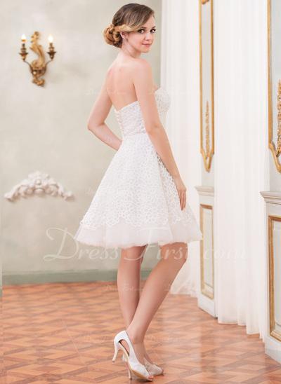 A-Line/Princess Sweetheart Knee-Length Lace Wedding Dress (002042297)