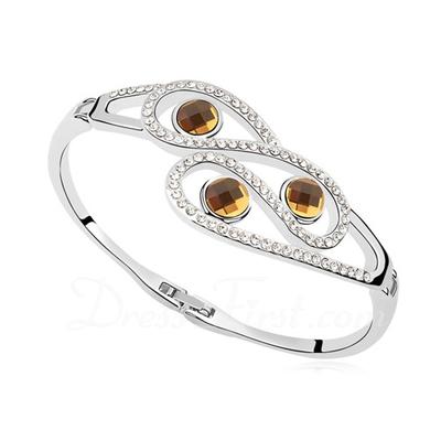 Gorgeous Alloy Ladies' Bracelets (011041976)