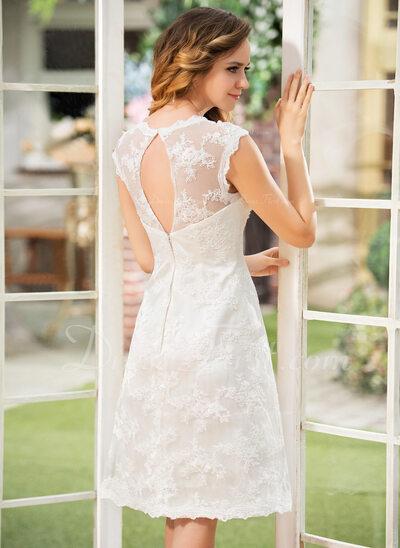 A-Line/Princess Scoop Neck Knee-Length Lace Wedding Dress (002052768)