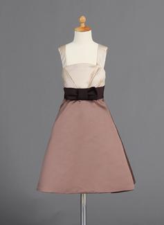 A-Line/Princess Square Neckline Knee-Length Satin Flower Girl Dress With Ruffle Sash Bow(s)