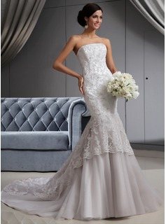 Trumpet/Mermaid Strapless Chapel Train Tulle Lace Wedding Dress With Beading