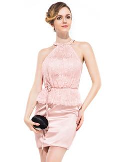 Etui-Linie U-Ausschnitt Kurz/Mini Charmeuse Spitze Cocktailkleid mit Perlen verziert Blumen Pailletten Gestufte Rüschen
