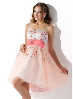 A-Line/Princess Sweetheart Knee-Length Tulle Charmeuse Homecoming Dress With Sash Beading Sequins