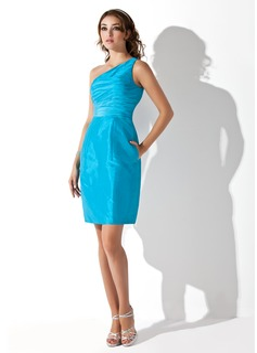 Sheath/Column One-Shoulder Short/Mini Taffeta Homecoming Dress With Ruffle