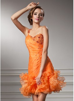 Sheath/Column Sweetheart Short/Mini Organza Homecoming Dress With Ruffle Beading