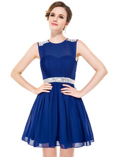 A-Line/Princess Scoop Neck Short/Mini Chiffon Homecoming Dress With Ruffle Beading Sequins