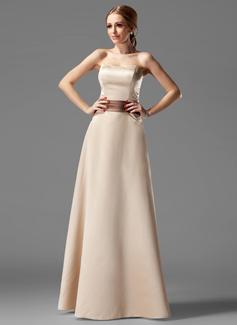 Çan/Prenses Askısız Uzun Etekli Satin Nedime Elbisesi Ile Kuşaklar