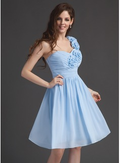 A-Line/Princess One-Shoulder Knee-Length Chiffon Homecoming Dress With Ruffle Flower(s)