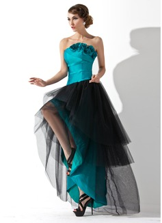 Corte A/Princesa Estrapless Asimétrico Tafetán Tul Vestido de baile de promoción con Volantes Flores