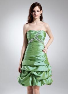 A-Line/Princess Sweetheart Knee-Length Taffeta Cocktail Dress With Ruffle Beading