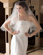 One-tier Waltz Bridal Veils With Pearl Trim Edge/Scalloped Edge (006036665)