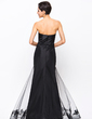Trumpet/Mermaid Strapless Floor-Length Taffeta Tulle Evening Dress With Beading Appliques Lace (017056103)