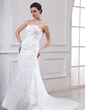 A-Line/Princess Sweetheart Chapel Train Lace Wedding Dress With Beading Flower(s) (002000143)