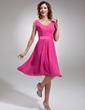 A-Line/Princess V-neck Knee-Length Chiffon Homecoming Dress (022016748)