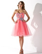 A-Line/Princess Sweetheart Knee-Length Tulle Homecoming Dress With Beading Sequins (022009301)