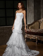 Trumpet/Mermaid Sweetheart Court Train Tulle Wedding Dress With Ruffle Beading Appliques Lace (002011598)