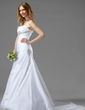 A-Line/Princess Sweetheart Chapel Train Taffeta Wedding Dress With Ruffle Beading (002001186)