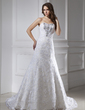 Trumpet/Mermaid Sweetheart Chapel Train Lace Wedding Dress With Beading (002015460)