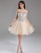 A-Line/Princess Sweetheart Knee-Length Tulle Homecoming Dress With Beading (022015961)