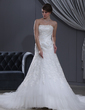 A-Line/Princess Sweetheart Chapel Train Tulle Wedding Dress With Lace Beading (002000165)