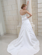 A-Line/Princess Sweetheart Chapel Train Satin Wedding Dress With Lace Beading (002001652)