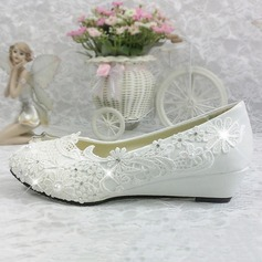 Women's Patent Leather Wedge Heel Closed Toe Pumps With Rhinestone Stitching Lace