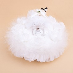 Music Box Ring Box With Teddy Bear/White Feather