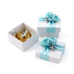 Lovely Cuboid Favor Boxes With Flowers/Ribbons (Set of 12)