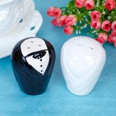 Noiva & Noivo Cerâmica Salt & Pimenta Abanadores com Fitas/Etiqueta (Conjunto de 2 peças)